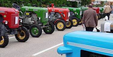 Eine große Steyr-Traktoren-Familie © Alexander Schatek