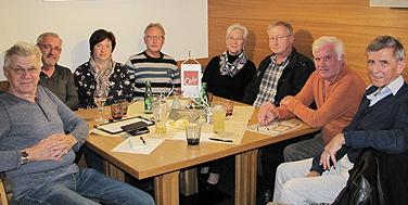 Die Topothekarinnen und Topothekare beim Café Seinerzeit in Waxenberg