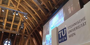 Im Kuppelsaal der Technischen Universität