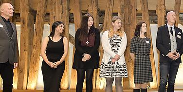 In Erwartung des ersten Platzes: die Vertreterinnen der 1B der BAfEP Bischofshofen Foto: Martin Hörmandinger