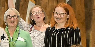 Die Verantwortliche für den reibungslosen Ablauf von Citizen Science Award und Citizen Science Day: Petra Siegele vom OeAD (rechts im Bild) Foto: Martin Hörmandinger