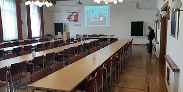 Der Sitzungssaal der BH Braunau