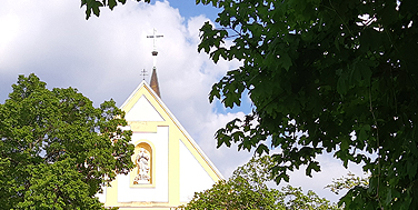 Auersthal: Kirche